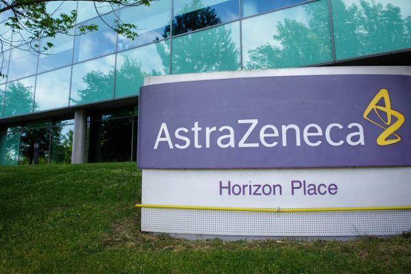AstraZeneca aspira entregar 80,2 millones de dosis para este mes
