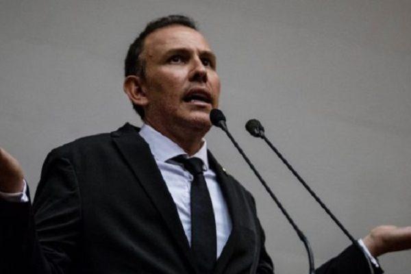 Diputado Lozano (AN): Hay US$48.000 millones destinados a obras inconclusas en 20 años