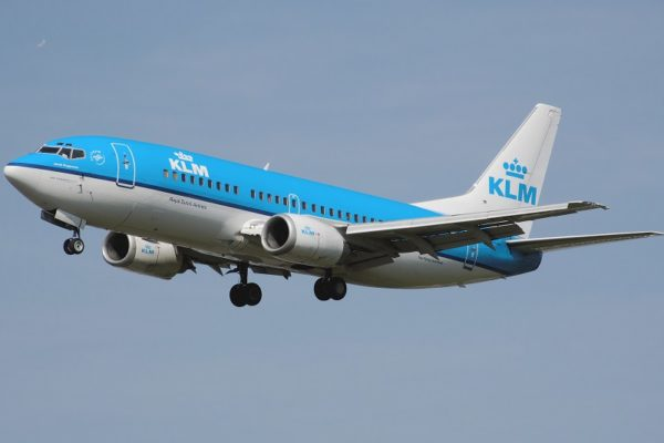 Aerolínea holandesa KLM suprimirá 5.000 puestos de trabajo por pandemia