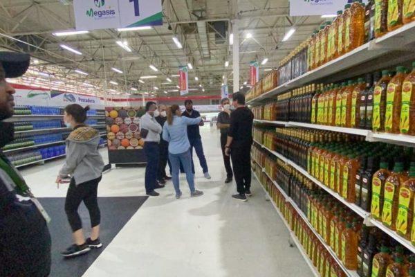 Empresas venezolanas importaron más de 2.000 toneladas de comida y medicina de Irán en 2020