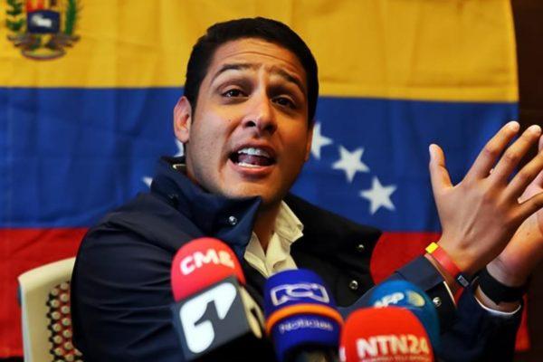 Olivares: 62% de las terapias intensivas del país están paralizadas