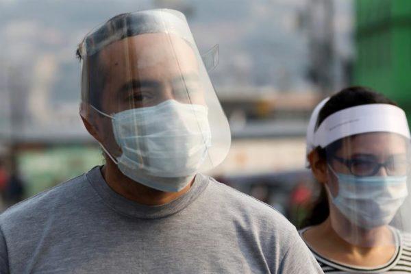 La costosa lucha 'para respirar' en Venezuela en medio de la pandemia