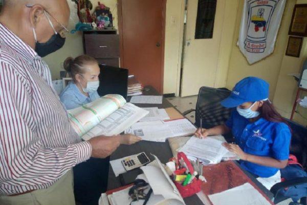 Sin clases y en cuarentena Sundde impondrá precios a 86 colegios privados