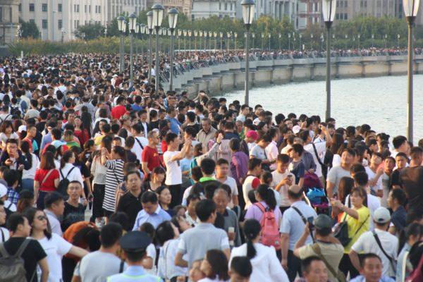 El mundo alcanza los 7.800 millones de habitantes: ¿cuáles son los países más poblados?