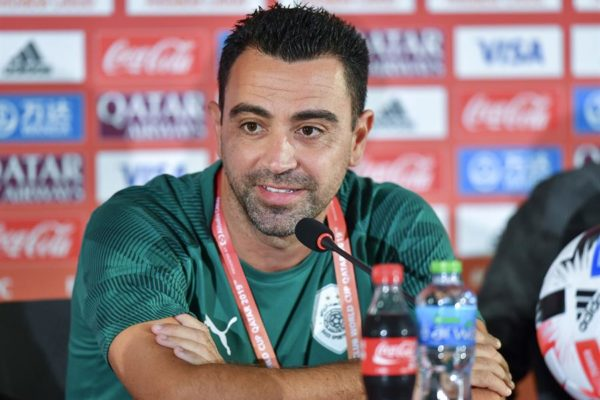 Xavi Hernández dio positivo por coronavirus