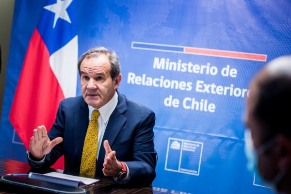 Chile considera