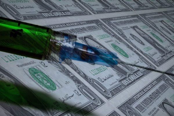 Farmacéuticas pueden ganar más de US$50.000 millones con la vacuna del COVID-19