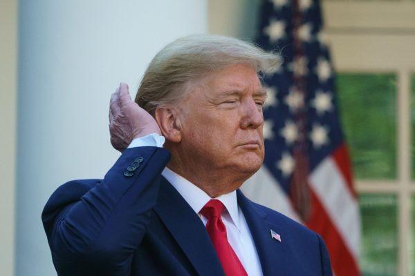 Trump termina hospitalizado horas después de su diagnóstico de Covid-19