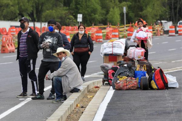 Colombia refuerza vigilancia en la frontera ante aumento de venezolanos que han ingresado al país