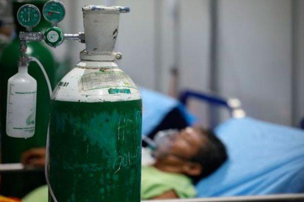 Hasta US$80 diarios cuesta el oxígeno para atender pacientes con #Covid19 desde casa