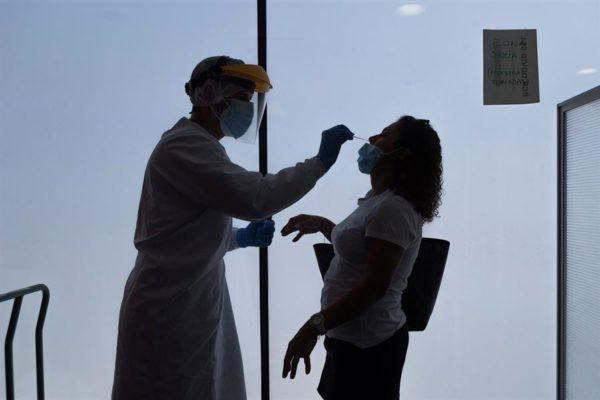 Llegan a Italia 18 médicos venezolanos para trabajar en lucha contra COVID-19