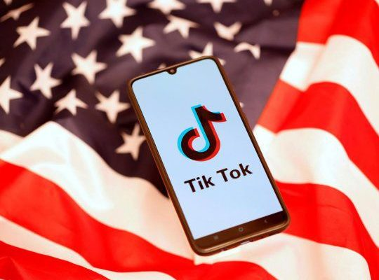 Trump suspende prohibición: Oracle y Walmart adquirirán un 20% de la nueva TikTok Global