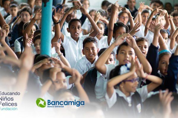 """Bancamiga y Fundafelices invitan a sumarse a la campaña """"Todos a la escuela"""""""