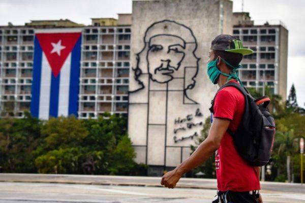 Cuba ratifica compromiso de fortalecer vínculos con Venezuela