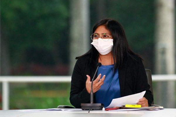 Alerta por variante Delta: Delcy Rodríguez anuncia 'plan expansivo' de vacunación
