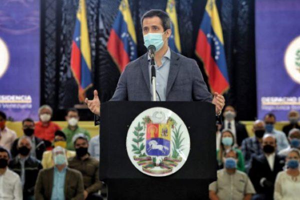 Guaidó: Los que «fingen neutralidad ante la crisis, colaboran» con Maduro