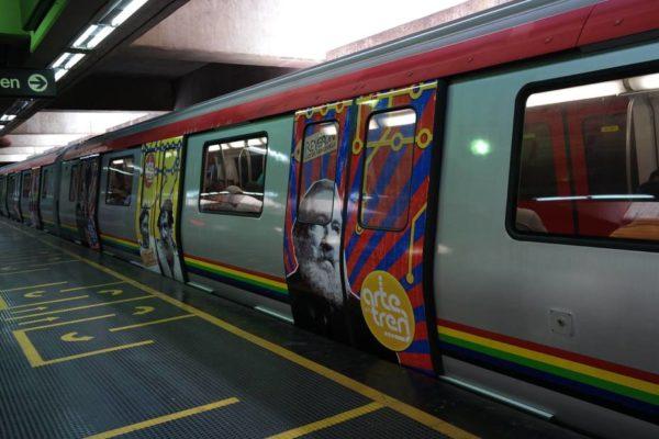 Maduro pide implementar cobro del pasaje en los sistemas ferroviarios a través del QR