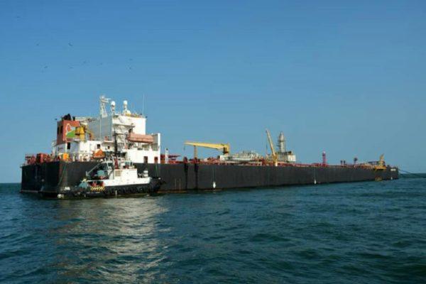 EEUU da luz verde a Eni para descargar petróleo del Nabarima