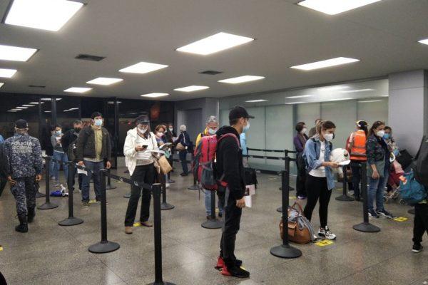 Rafael Lacava: Aeropuerto Arturo Michelena está preparado para reiniciar operaciones