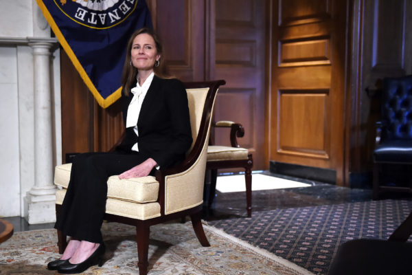 La incógnita de la jueza nominada por Trump a la Corte Suprema: ¿apoyará su agenda migratoria?