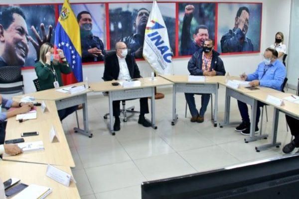 INAC dijo que está abierto a propuestas de reactivación de las aerolíneas en reunión con Avior