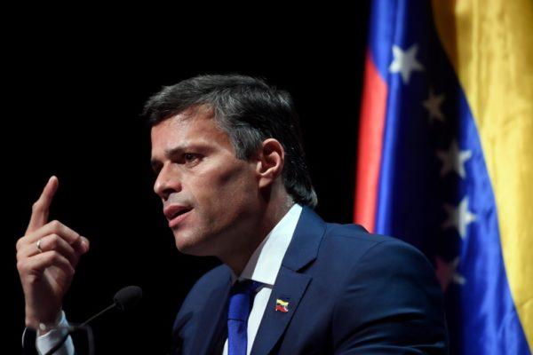 López pide sanciones individuales 'para todo el que mantenga a Maduro'