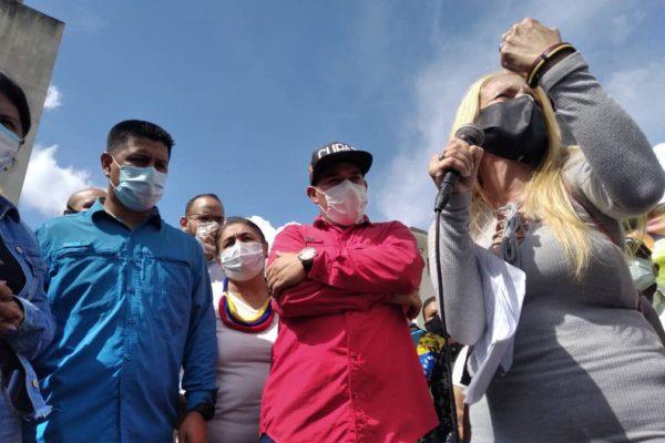 Maestros alzan su voz de protesta este #05Oct para exigir reivindicaciones laborales
