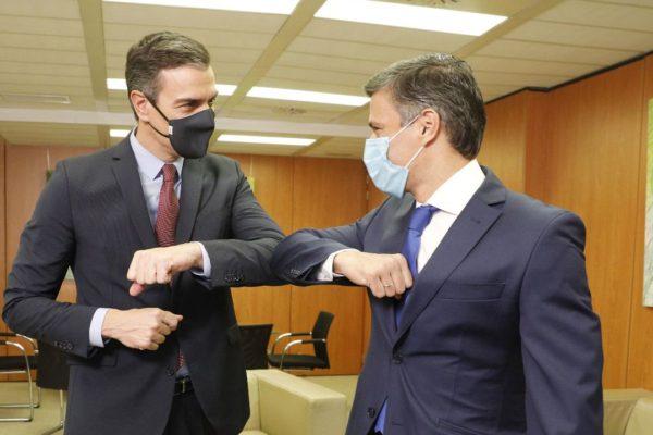 Pedro Sánchez se reúne con Leopoldo López en la sede del PSOE en Madrid