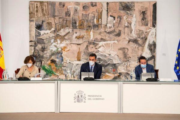 Gobierno español declara nuevo estado de alarma y aprueba toque de queda