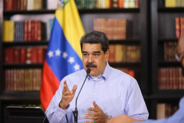 Maduro anunció que prestaciones sociales del sector público se calcularán con base en el valor del Petro