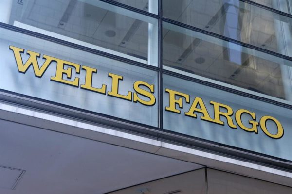 Beneficio de Wells Fargo cayó un 83% en 2020 por la pandemia