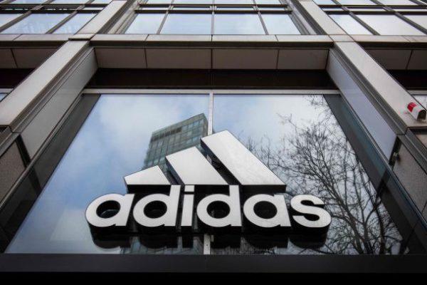 Adidas gana US$332 millones hasta septiembre: un 84,4% menos