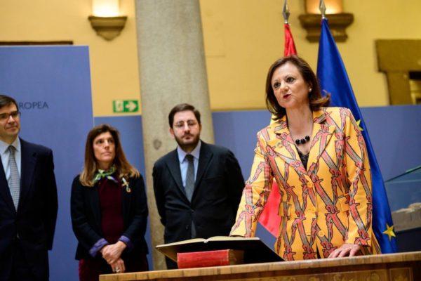 España mantiene su postura de no reconocer a la administración de Maduro