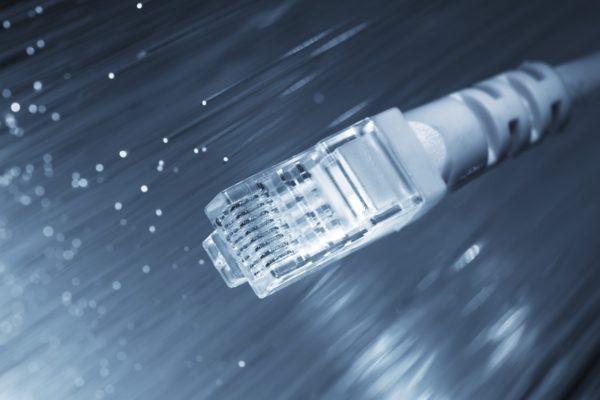 Internet por fibra óptica, una necesidad para las empresas de Centroamérica