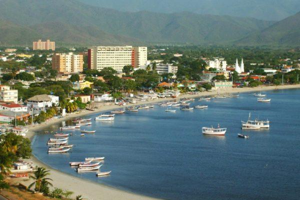 INAC: Vuelos comerciales a Margarita se mantendrán durante todo diciembre
