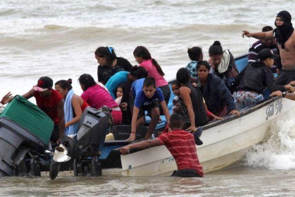 Gobierno anuncia detención de presunto dueño de embarcación siniestrada con 21 migrantes