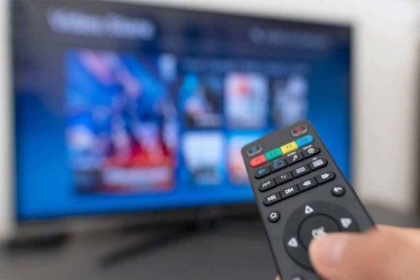 Carlos Lander, director de Simple TV: Tenemos una licencia 'otorgada por Conatel para explotar el Internet'