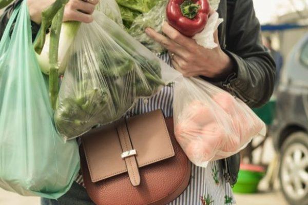 Una familia necesita US$ 321,34 mensual para obtener 61 bienes y servicios, según el Inflaciómetro de Caracas