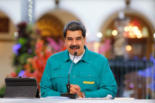 Maduro anuncia que en marzo se reanudarán las clases presenciales