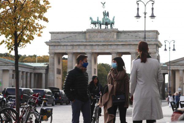 Alemania decreta confinamiento parcial contra #COVID19 hasta el 10 de enero
