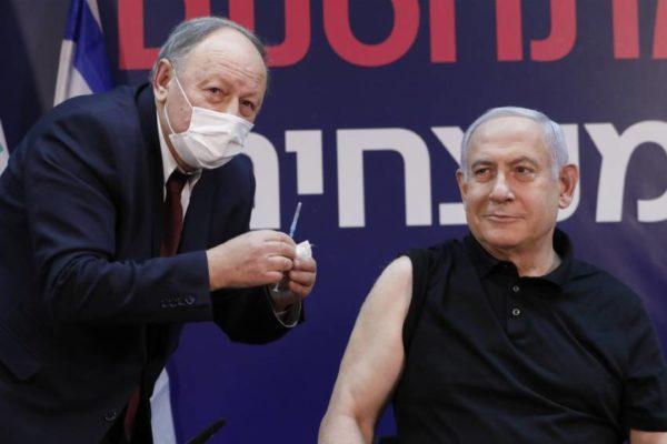Netanyahu recibió la vacuna de Pfizer contra el Covid-19 e inició la campaña de vacunación en Israel