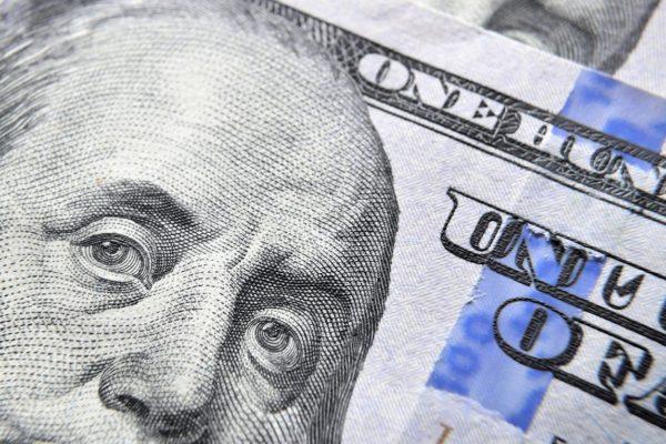 El Salvador cumple 20 años de dolarización con débil impulso económico
