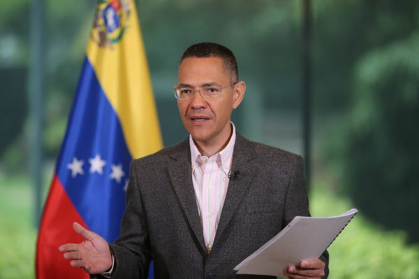 Ministro de Cultura, Ernesto Villegas, positivo a #COVID19