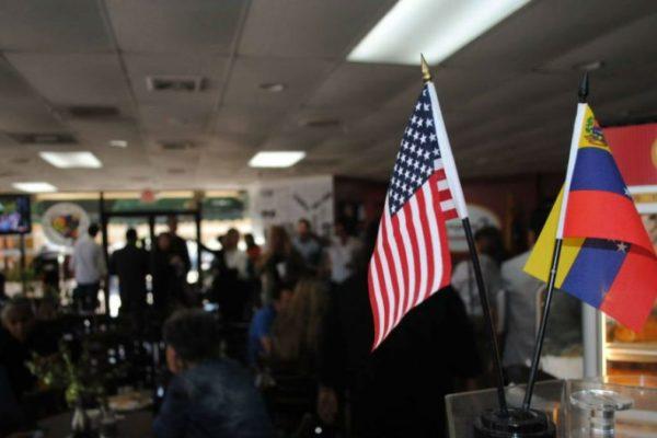 Venezolanos en EE.UU podrán censarse en página web para optar al permiso migratorio