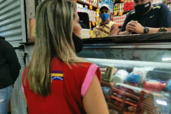 Gobierno realizó operativo de fiscalización en comercios de Caracas
