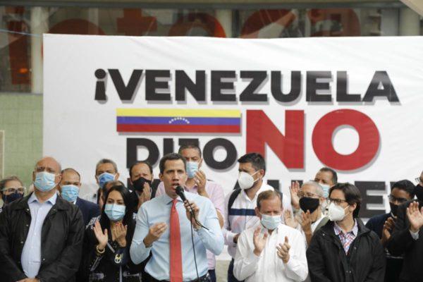Congreso paraguayo investiga propuesta de Guaidó para renegociar deuda con Pdvsa