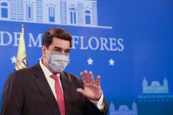 Maduro se reúne con la OMS para agilizar entrega de vacunas a través de Covax