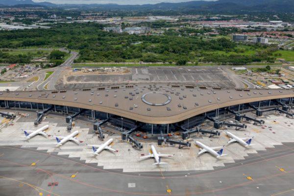 Panamá aplica reciprocidad y suspende vuelos de las aerolíneas venezolanas