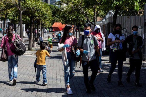 Venezuela acató a medias la vuelta a la cuarentena radical