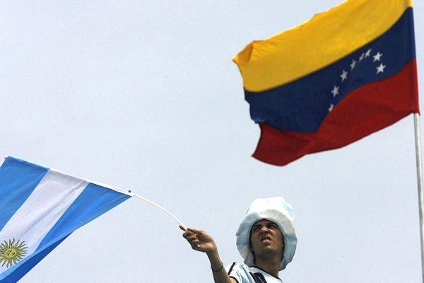 Venezuela y Argentina bajan alto ritmo inflacionario mientras el COVID-19 golpea el consumo